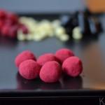 Lakrids kugle med hindbær a la bülow