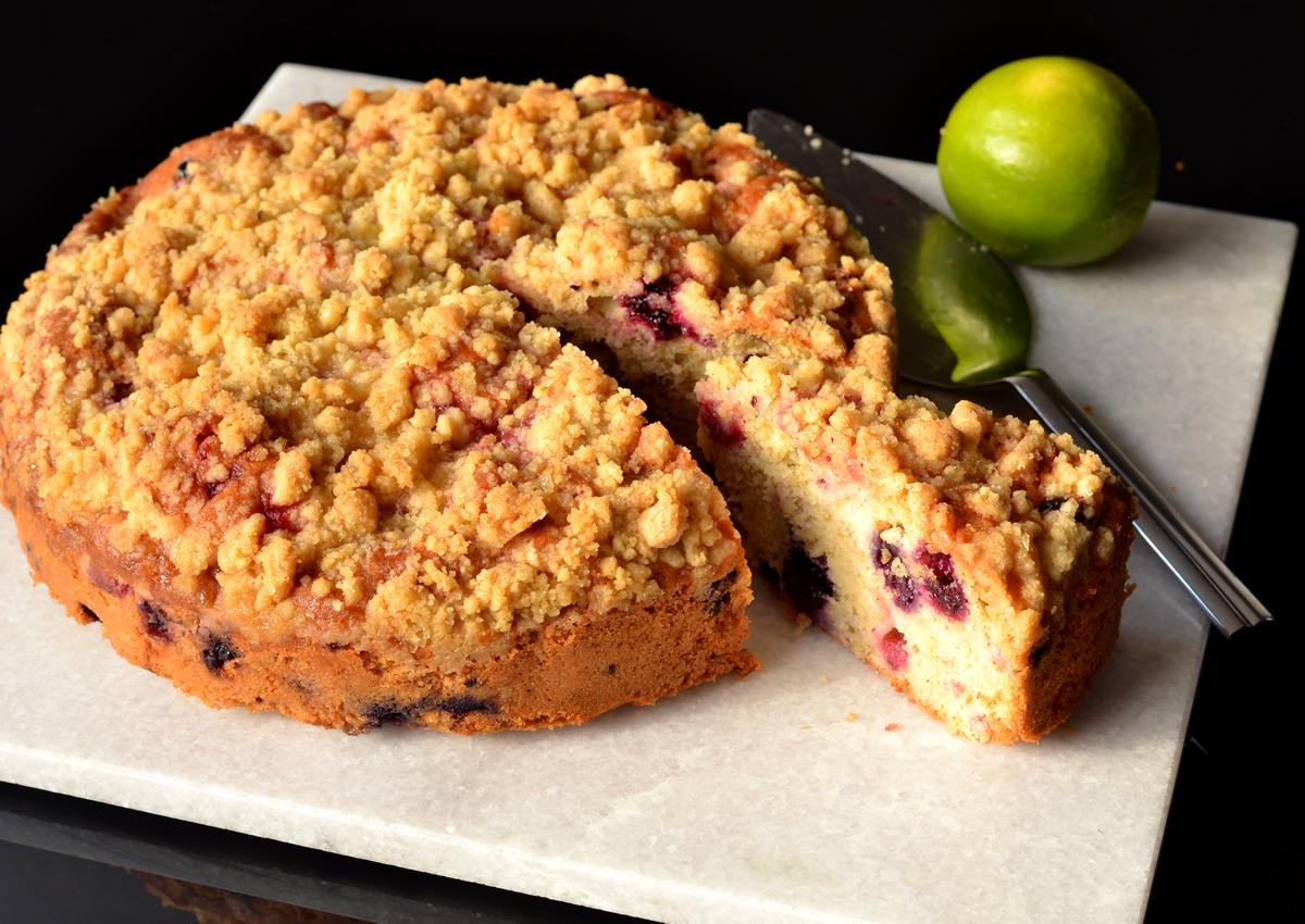 Moist berry cake recipe