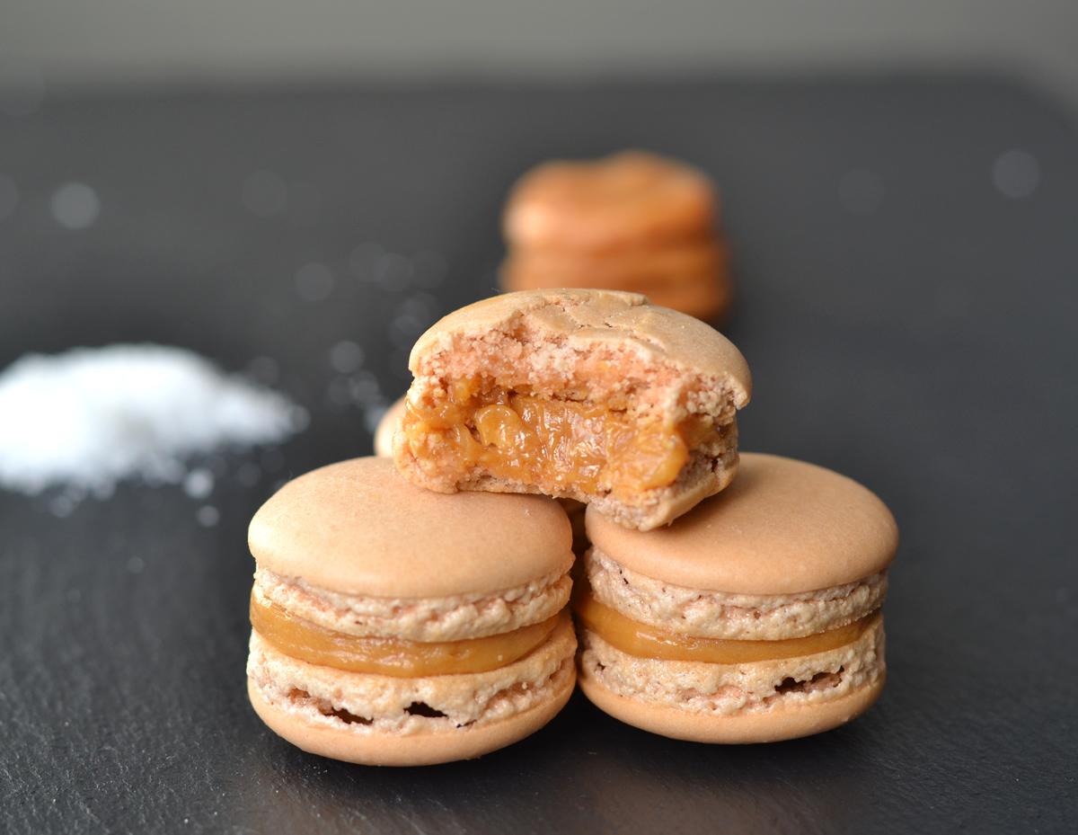 Salt Karamel Macarons - homeandcake.dk