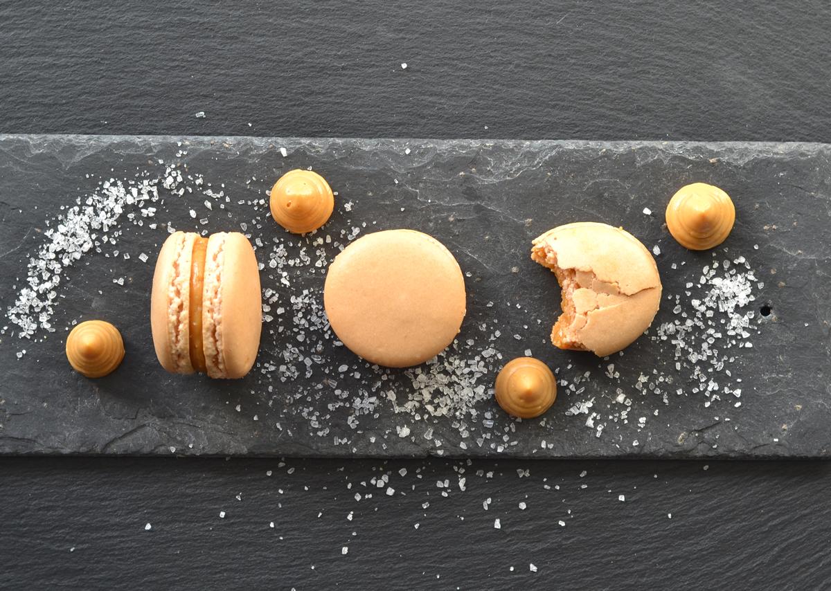 Salted caramel macaron recipe
